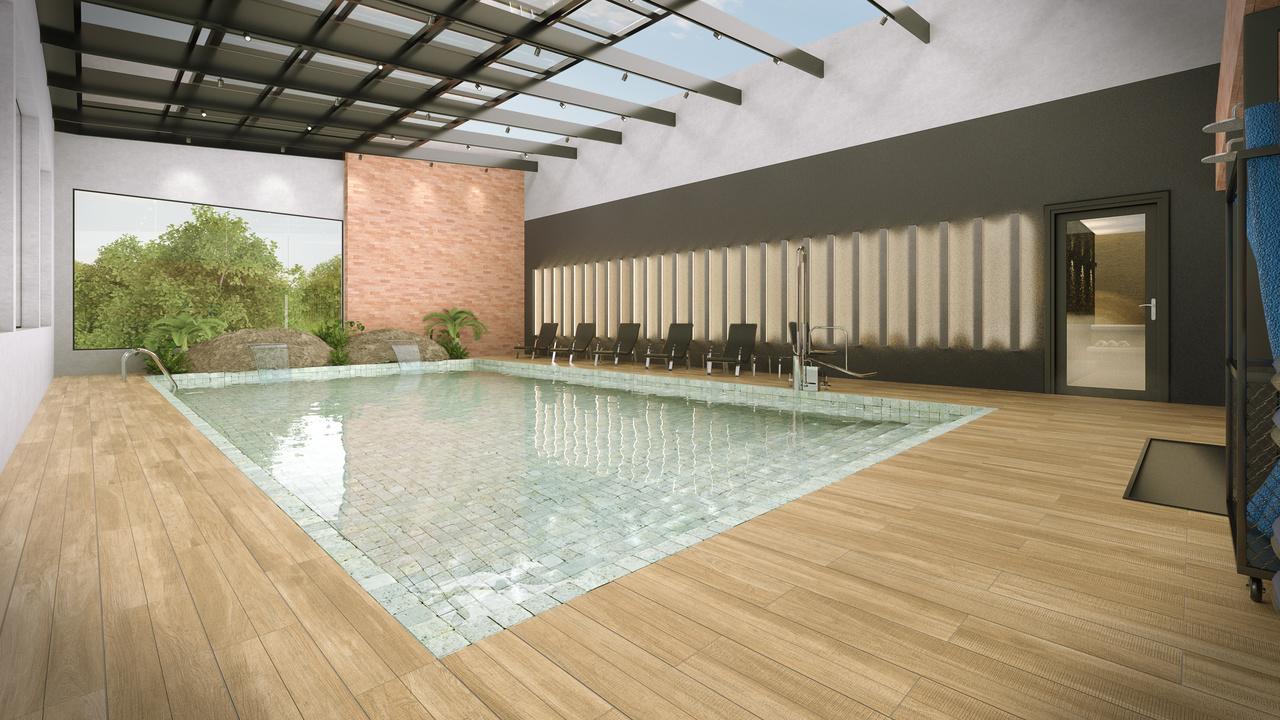 piscina térmica com teto retrátil